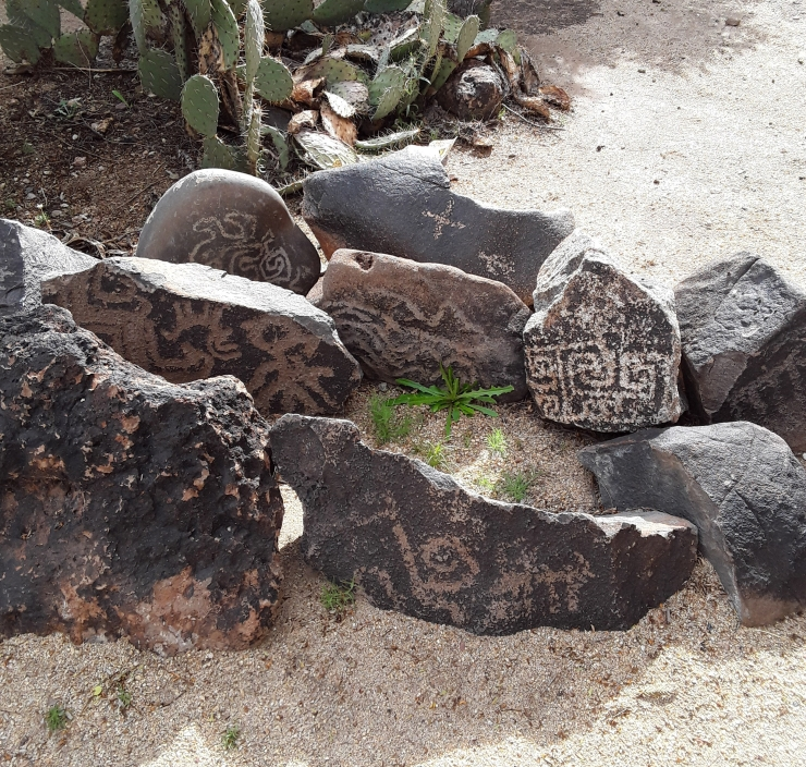 graffiti-ginger-petroglyphs